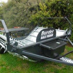 burder-bale-feeder